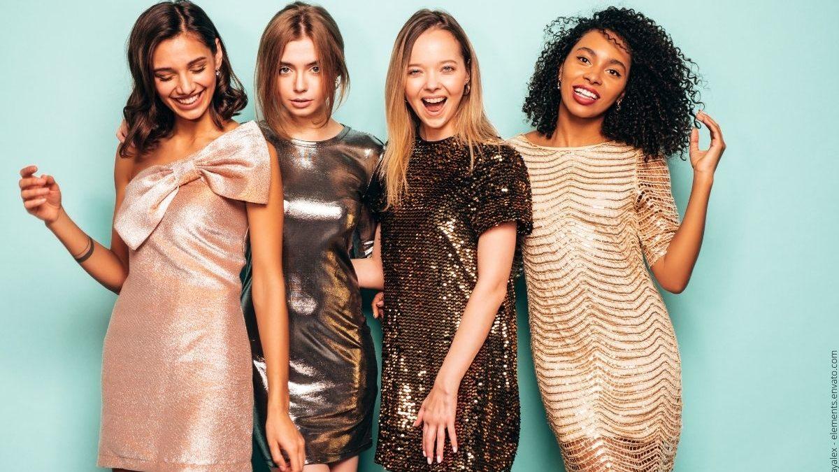 Schöne Frauenkleider und passende Modeaccessoires