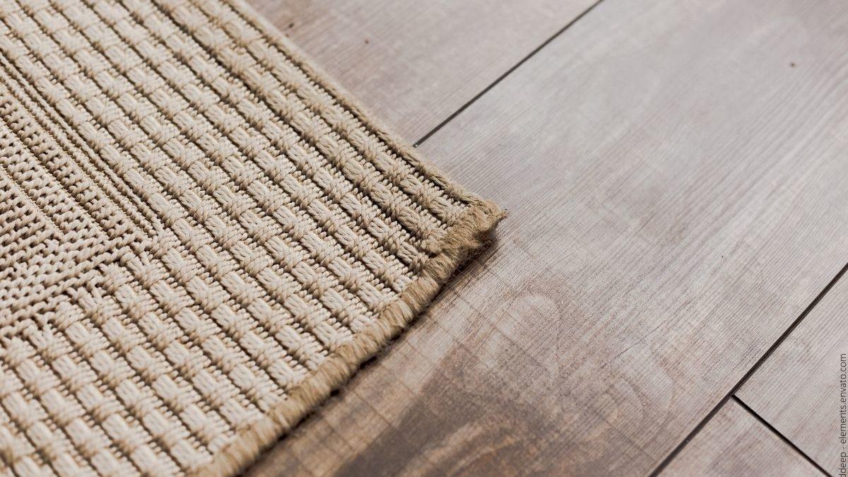 Ein Teppich bringt Wärme und mehr Stil in die eigenen vier Wände